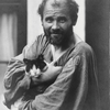 Moritz Nähr, Gustav Klimt with cat, 1912 © Imagno/Austrian Archives